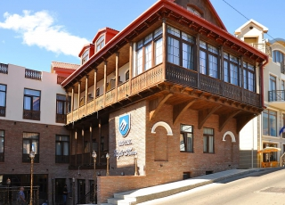 Tbilisi - 3* Hotel Light House Old City